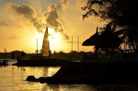 Veranda Grand Baie Hotel & Spa : sunset