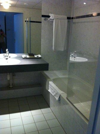 Pullman Eindhoven Cocagne: Salle de bain