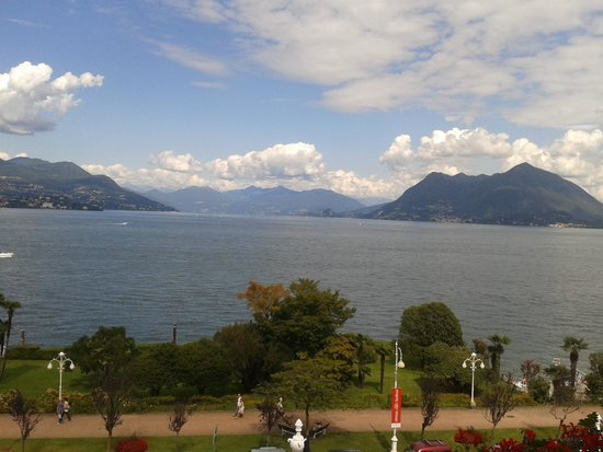 Grand Hotel Des Iles Borromees: Room View (no Comments..)