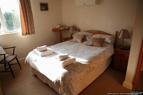 Coedway, UK: comfy bedroom
