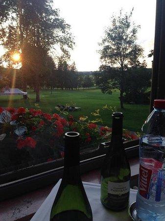Club Med Vittel Ermitage : Sunset during dinner