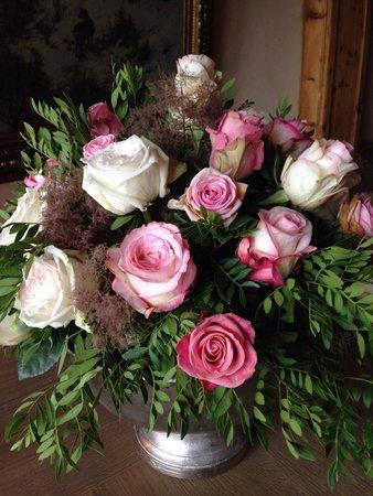 Interalpen-Hotel Tyrol : Blumengesteck anlässlich der Hochzeit in der Familie Liebherr
