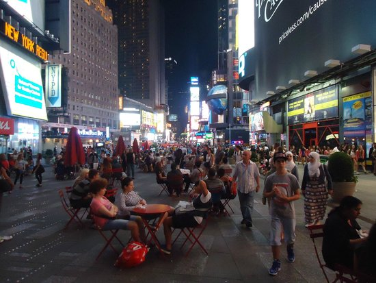 Times Square : Well, it is a crowded place..