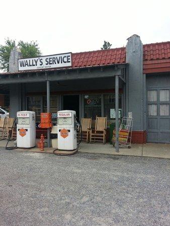 Wally's Service Station: Gift shop inside