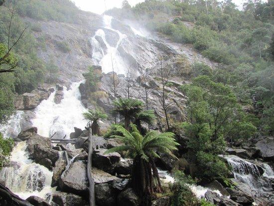 St Columba Waterfall : Pumping!