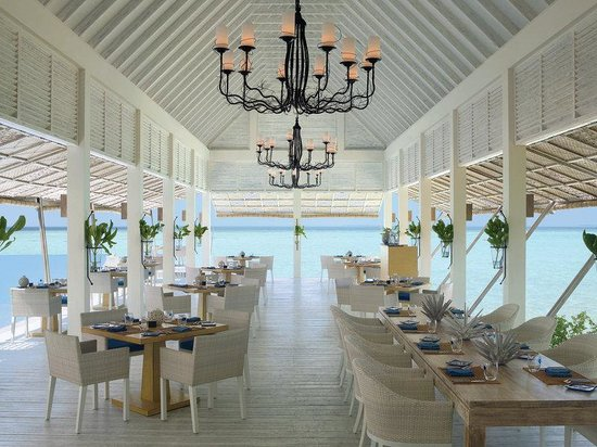 Four Seasons Resort Maldives at Landaa Giraavaru: MLG Restaurant