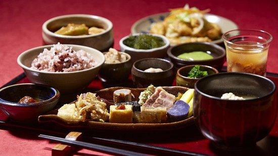 ANA InterContinental Manza Beach Resort: Unkai Japanese Restaurant Menu Items