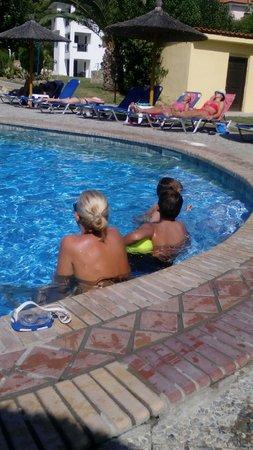 Chrousso Village: pool