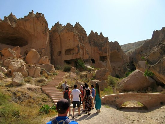 Sultan Cave Suites: Open Air musuem near by