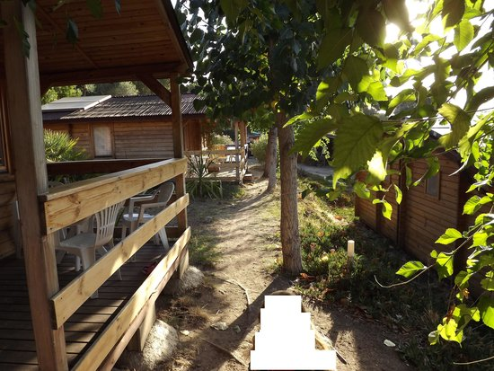 Mare E Monti : vialetti di accesso alle camere
