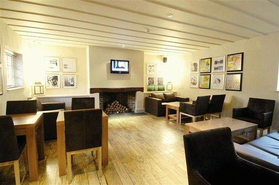 Lodge at Bristol: Bar And Restaurant