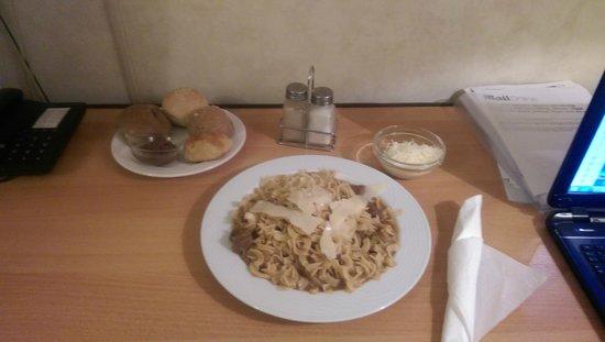 London Hotel : food