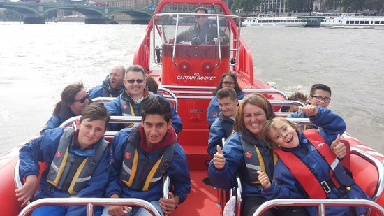 Thames Rockets: Everything is Awesome