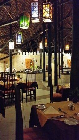 Southern Palms Beach Resort : Restaurant