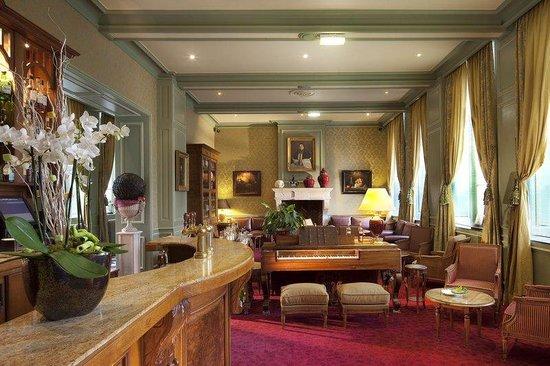 La Chartreuse du Val Saint Esprit : The Bar Salon