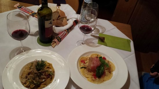 Hotel Restaurant Gallia: Dinner will make your head spin
