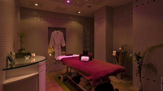 L'Agapa Hotel SPA Nuxe : Spa Nuxe Treatment Room