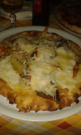 """Ai Vecchietti di Minchiapititto: Pizza """"H..nto"""" senza glutine Buonissima"""