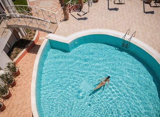 The Pelican Beach Resort & Spa - Adults Only : Swimming Pool