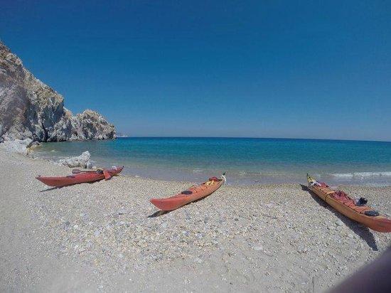 Sea Kayak Milos: Les kayak depuis la plage
