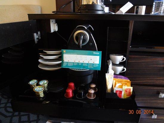 The Westin Dubai Mina Seyahi Beach Resort & Marina: The Nespresso machine, see the place where it has been kept