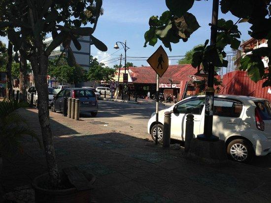 Malibest Resort: Zimmer auf der anderen Straßenseite
