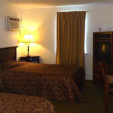Motel 22: Motel22 Guest Room