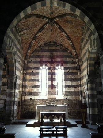 San Pietro Church : Interno della Chiesa di San Pietro a Porto Venere