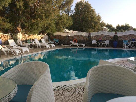 Samson's Village: John's zwembad