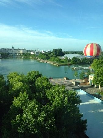 Disney's Hotel New York : view from the room