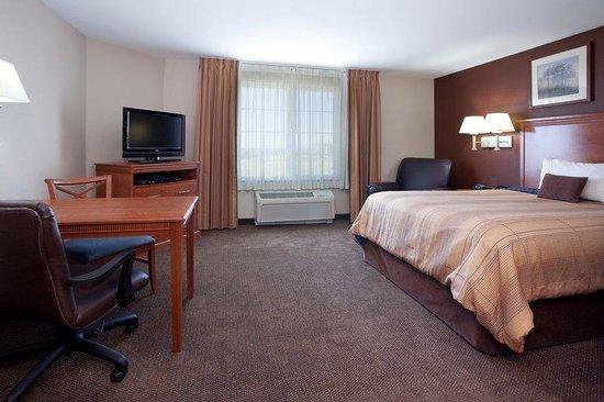 Candlewood Suites Loveland: Executive Housing alternative in Loveland, Colorado.