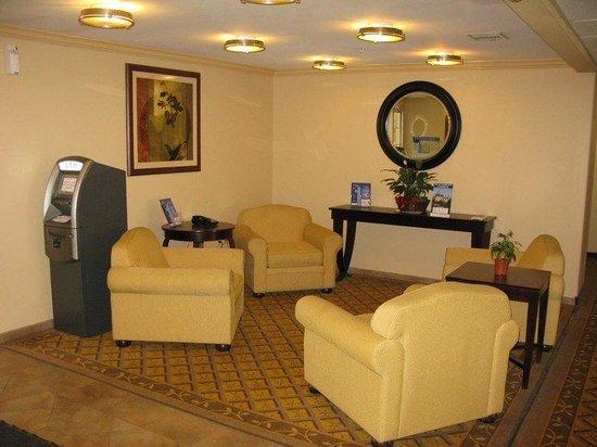 Candlewood Suites Galveston: Reception