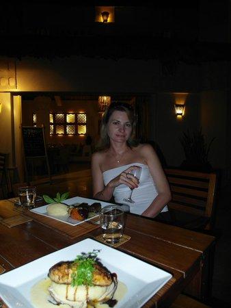 Sandals : Ужин при свечах
