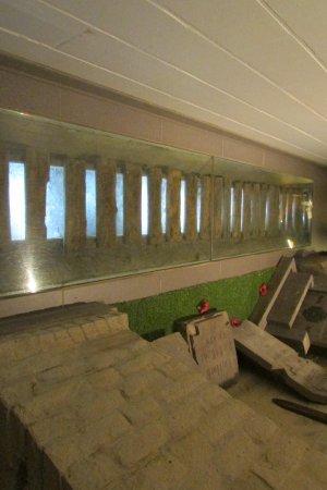 Hooge Crater museum : A piece of trench walkway