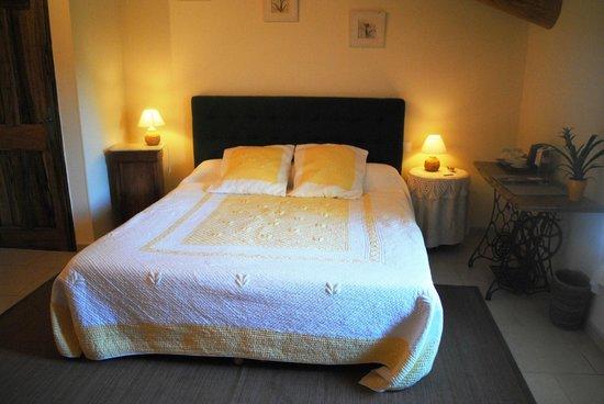 Entre Vigne et Garrigue: Habitación