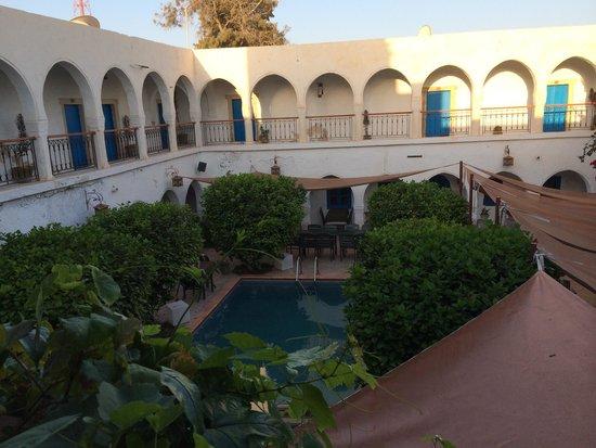 Hotel Arischa: Le patio