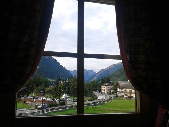 Hotel Alpi & Golf: dalla camera