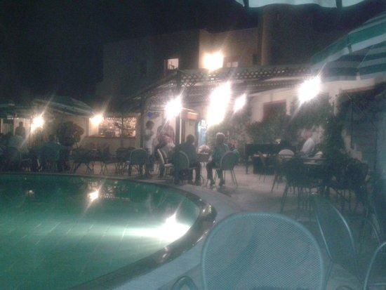 Resort Grazia Terme: serata a bordo piscina