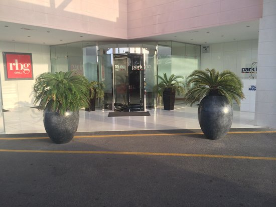 Park Inn by Radisson Muscat: Entrance
