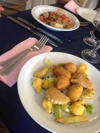 Hotel Corona : Zuppetta di pesce e frittura all'italiana