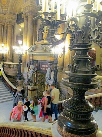 Opéra Garnier : The Grand Staircase was the place to be seen!