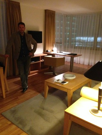 The Mandala Hotel: Living area - Exec suite