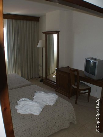 Ohtels Cabogata: Dormitorio de la Suite