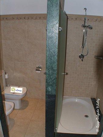 Ohtels Cabogata: Baño de la Suite