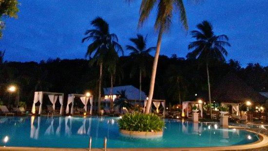 Cape Panwa Hotel: PISCINA del hotel