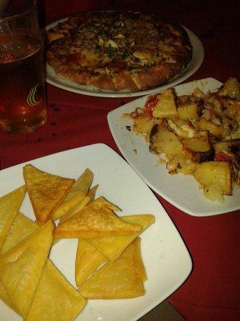 Le Vele: Panelle, patate vastase e pizza campagnola