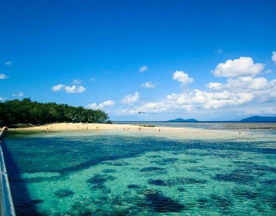 Green Island Cruise - Day Tour (Big Cat Green Island Reef Cruise): Low tide