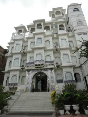 Hotel Udai Kothi: Udai Kothi from the front