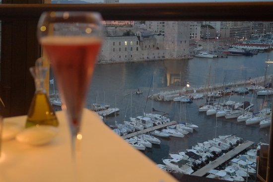 Sofitel Marseille Vieux-Port : Vista do restaurante
