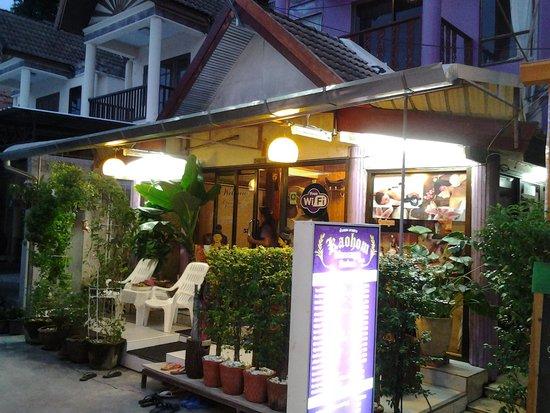 PhraNang Cave Beach: kao hom massage